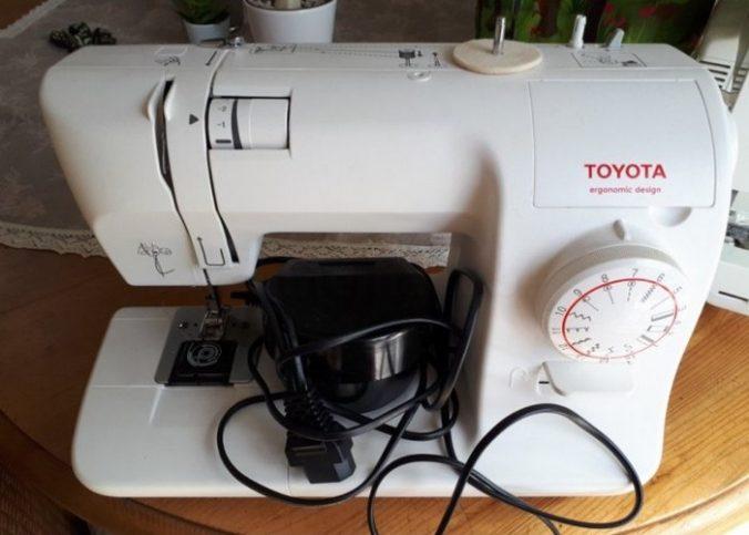 Machine à coudre Toyota d'occasion