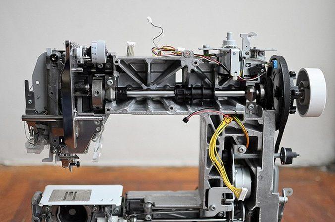 Mécanisme intérieur machine à coudre