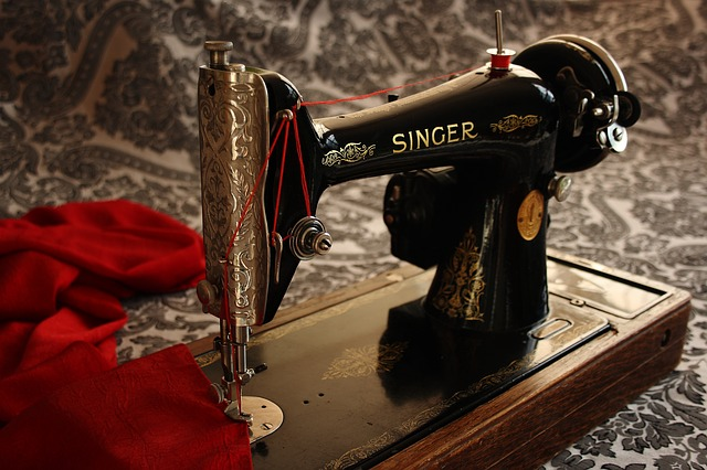 Singer sewing machines: ageing starlet (or outright scam