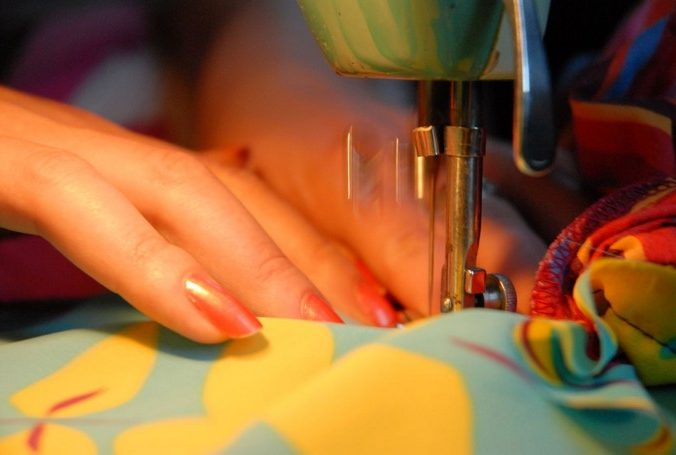 tips and tricks for sewing machine beginners